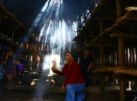 Elder Tom Charles prays in the Mohawk long house in Kanata Village - The Other Side TV
